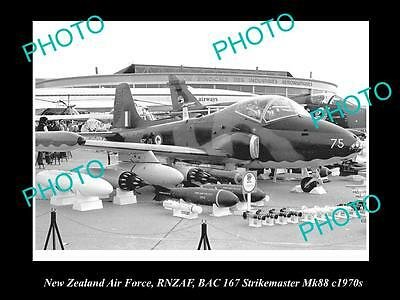 HISTORIC AVIATION PHOTO OF RNZAF NEW ZEALAND AIR FORCE, STRIKEMASTER JET 1970s