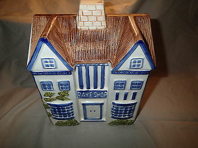 Vintage-H. J. COOKIE JAR 1981-English House/Cottage-BLUE AND WHITE-Near Mint