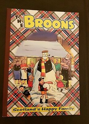 The Broons Book 2001  Hardback Edition D C Thomson