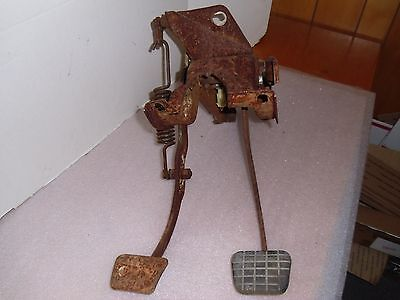 67-72 Chevy Gmc Truck Clutch and Brake Pedal Assembly Heavy Duty Type