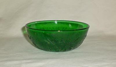 Vintage Indiana Glass Daisy Sandwich Forest Green Berry Bowl