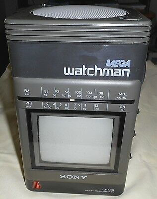 SONY Mega Watchman FD-500 Vintage Portable B&W TV-AM/FM – For PARTS or REPAIR