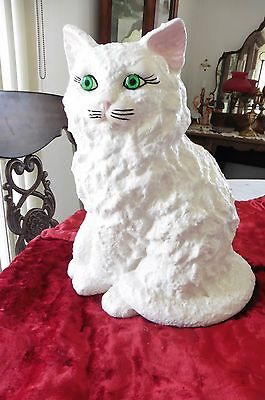 Persian White cat figurine l Hand  made Ceramiche  with green eyes Gorgous