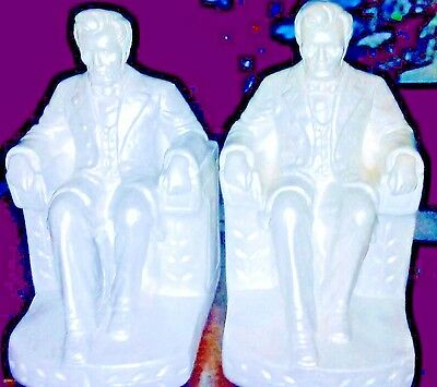 A Lot of 2 Vintage Abraham Lincoln Memorial White Chalk ware Plaster Bookends