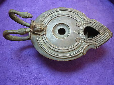 ANCIEN RARE BRIQUET DE TABLE  A&AB SERPENT EGYPTE PHARAON ETAIN BRONZE XIX  XX e