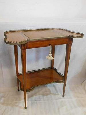 A STUNNING EARLY 20thC FRENCH ANTIQUE SATINWOOD DRESSING TABLE DESK