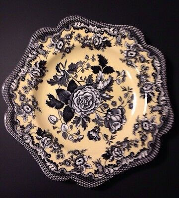 Spode Archive Collection British Flowers Rosa England Salad Plate Black & Yellow