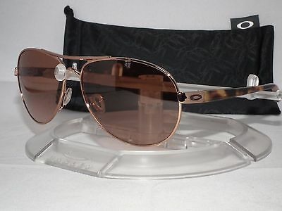OAKLEY FEEDBACK AVIATOR SUNGLASSES OO4079-01 Rose Gold / VR50-Brown Gradient
