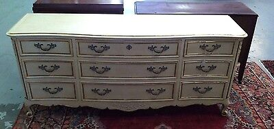 Vintage KINDEL Furniture French Provincial 9 Drawer Dresser Chest Grand Rapids