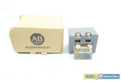 New Allen Bradley X-307644-R Rear Stationary Size 6 Contact Block D567765