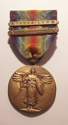 VINTAGE WW I Victory Medal and 2 Battle Bars