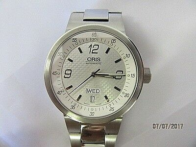 Oris 7560 Stainless Steel Automatic Day Date Wrist Watch