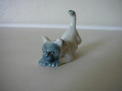 Rare Vintage Wade Red Rose First Whimsies Set 2 Kitten W Mouse In Mouth Figurine