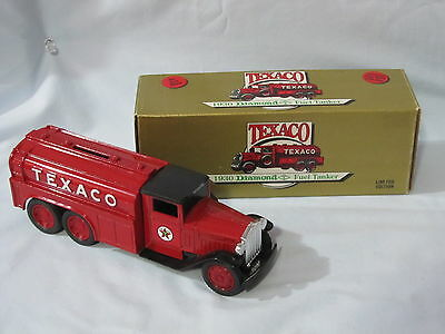 Texaco Collector Series #7 1930 Diamond T Fuel Tanker Bank Limited Made 1990