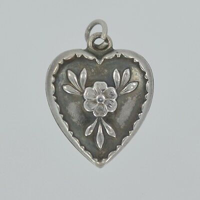 Vintage 1940s Sterling Silver FLOWER & LEAVES SCULPTED RIM Puffy Heart Charm