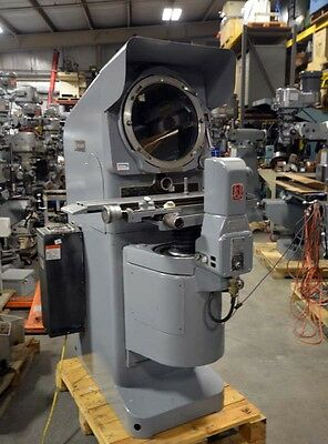 Jones and Lamson Optical Comparator (Inv.31196)