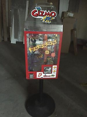 GIZMO JR. KINETIC  GUM-BALL  MACHINE  with STAND and KEYS