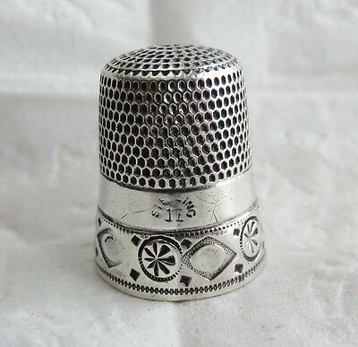 ANTIQUE SIMONS STERLING SILVER THIMBLE SIZE 11 PINWHEEL Band
