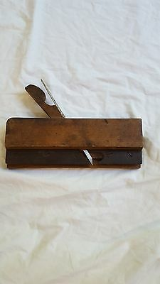 Vintage Carpenters Molding Wood Plane For It's Age In Very Good Shape Ohio Tool