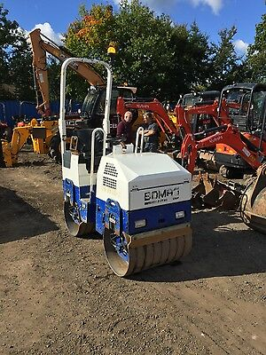 bomag roller imacalute condition kubota engine with suspension trailer £5100