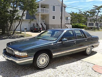 1993 Buick Roadmaster  1993 Buick Roadmaster - Collector quality - Magnificent TURN KEY condition!