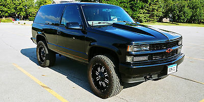 1999 Chevrolet Tahoe LS 1999 CHEVY 2 DOOR TAHOE, 4X4, LIFTED