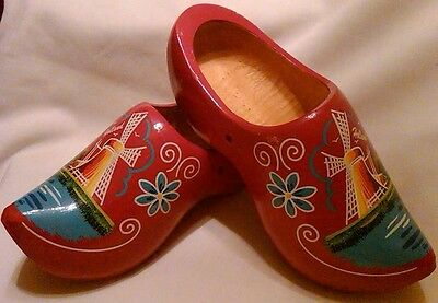 Red Hand-painted Wood Holland Shoes
