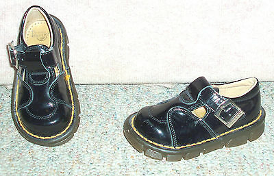 Adorable toddler girl's black patent DR.  MARTENS buckle shoes , sz 6