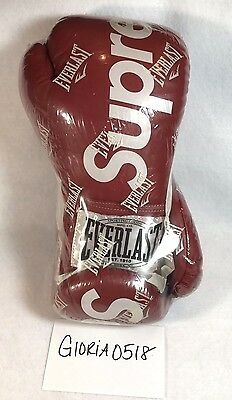 DS Supreme Boxing Gloves Everlast 100% Authentic FW 08 Red box logo heavy bag