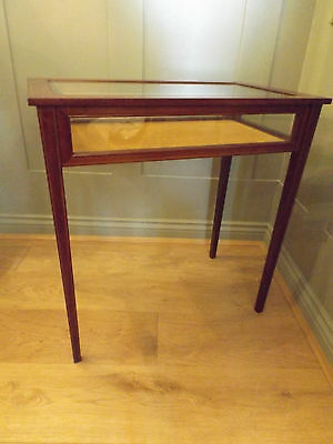Mahogany Bijouterie Display Table With Satinwood Stringing