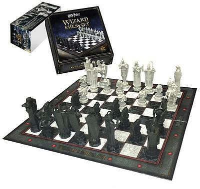 Noble Collection - Harry Potter - Collectable Wizards Chess Set