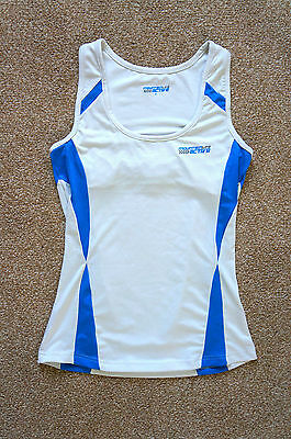 Sports vest top with integral support size 8 Mountainlife Active