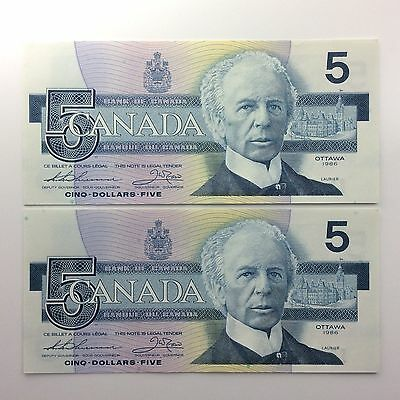 1986 Two Consecutive Canada Five 5 Dollars FNN Series Uncirculated Banknote A989