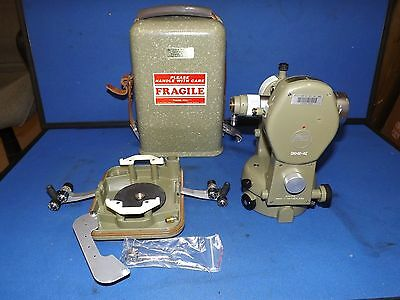 Kern DKM2-AE Theodolite, COMES WITH CARRING CASE