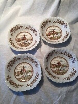 Soup Bowls, 4 Johnson Bros. Wow  Made in England. Vintage  Tulip Time