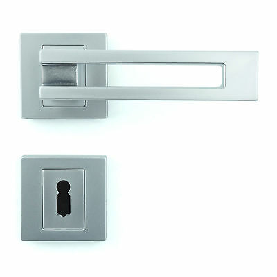 Interior Door Handle Set - Lever on Rose - Gloss Chrome Finish ZA6