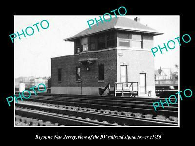 OLD HISTORIC PHOTO OF BAYONNE NEW JERSEY, THE BV RAILROAD SIGNAL TOWER c1950