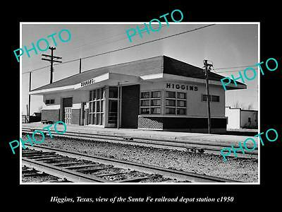 OLD LARGE HISTORIC PHOTO OF HIGGINS TEXAS, THE RAILROAD DEPOT STATION c1950