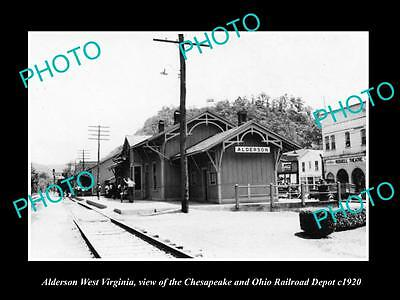 OLD LARGE HISTORIC PHOTO OF ALDERSON WEST VIRGINIA, THE RAILROAD STATION c1920