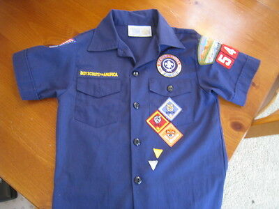 Boy Scout Cub Scout Shirt Small Navy Blue Licensed BSA 11 Patches Bobcat Wolf