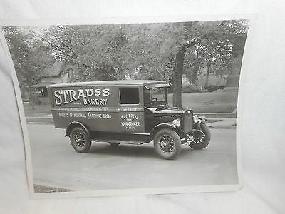Historic Black & White 8x10 Photo of Strauss Bakery Delevery Truck