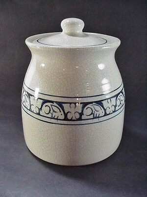 Dedham Pottery Potting Shed Rabbit / Bunny Blue On White Covered Cookie Jar J14