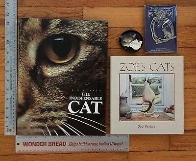 Lot 2 Indispensable Cat Zoe's Cats Books Pewter Suncatcher Paperweight Jc Suares