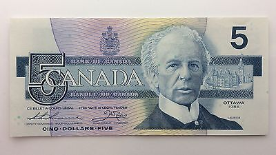 1986 Canada Five 5 Dollars FOH Series New Bill Note Uncirculated Banknote B033