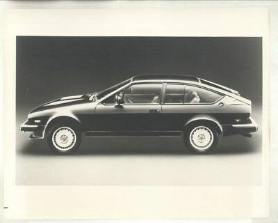 1983 Alfa Romeo GTV6 ORIGINAL Factory Photograph & Press Sheet wy2371