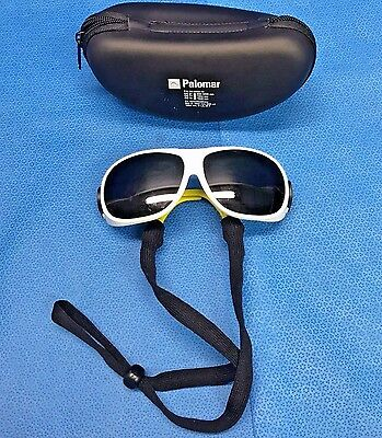 Palomar 52-0002-10, Laser Safety Glasses w/ Case, OD 5+ @ 1540nm, Surgical