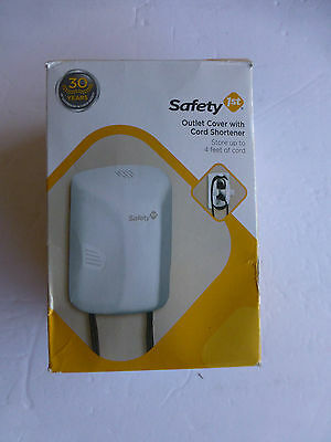 Safety 1st Outlet Cover with Cord Shortener 2 PACK (B-27)