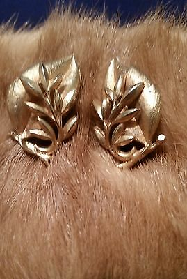 """Vintage Sarah Coventry 1-5/8"""" Fancy Gold Tone Leaf Clip On Earrings Signed"""