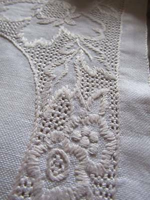 Vintage Irish Linen Hand Embroidered Tray Cloth Table Topper