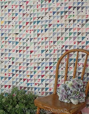 """Fantastic! Vintage1930s Flying Geese QUILT Tiny Pieces Great Prints! 76x68""""(ng)"""